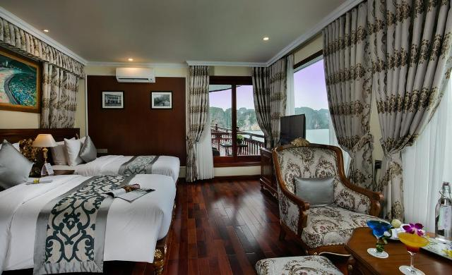 Signature twin cabin on Emperor cruise