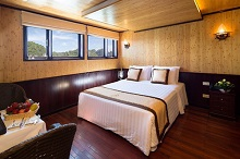 syrena cruise for the best Halong bay Tour Package