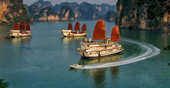 Halong bay highlights Vietnam tour package