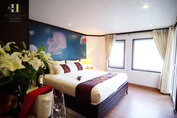Best Halong bay cruise for North Vietnam Tour Packages