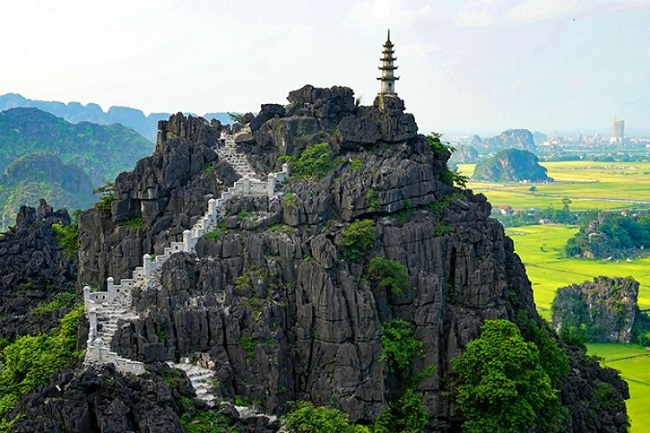 Mua Cave Ninh Binh  tour in Vietnam - daily tours from Hanoi