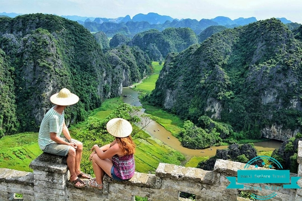 Mua Cave on your 12day Vietnam holiday tour