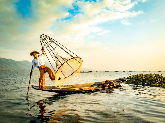 Inle Lake on 12day package tour   Myanmar and Vietnam  2020