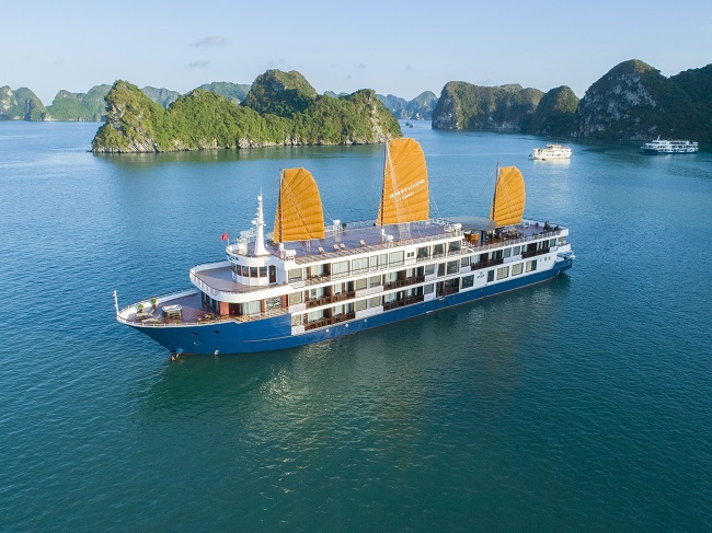 Luxury cruise for your 12day Vietnam travel tours