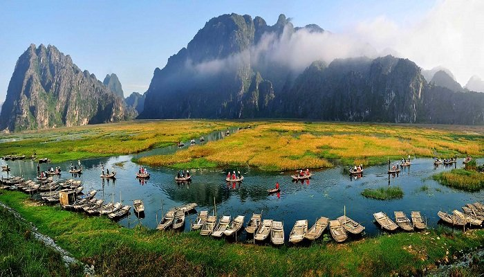 Ninh Binh biking tour in Vietnam - daily tours from Hanoi