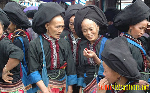 can not miss Sapa on Vietnam package tours