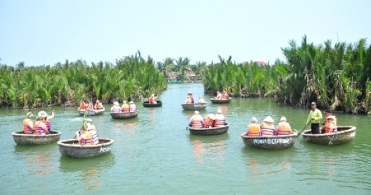 Real local experience on your 12day Vietnam travel tours